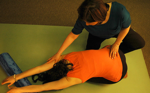 Debra Goldman physiotherapist stretching patient